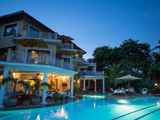 AfroChic Diani Beach Hotel exterior (c) Silverless