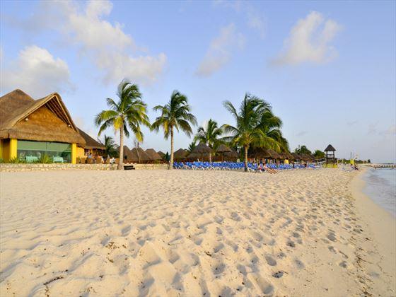 Allegro Cozumel beach area