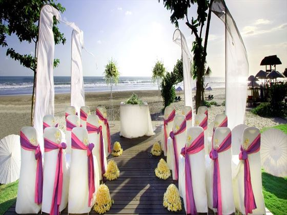 Beach wedding at the Anantara Seminyak