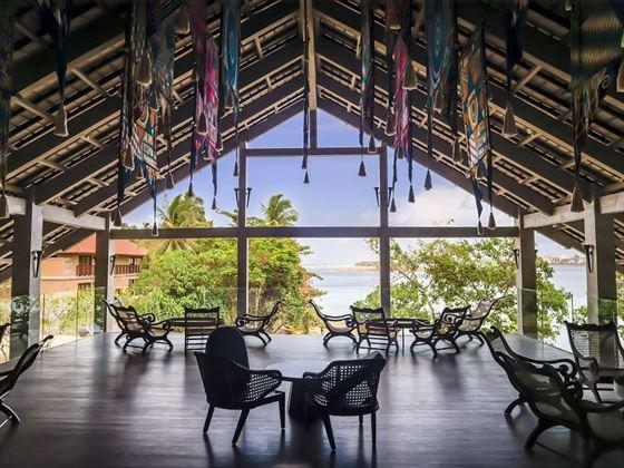 Anantara Kalutara lobby upper deck