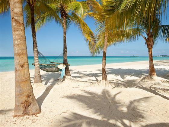 Gorgeous beaches, Couples Swept Away