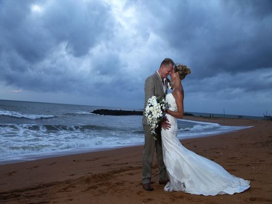 Big Island beach wedding