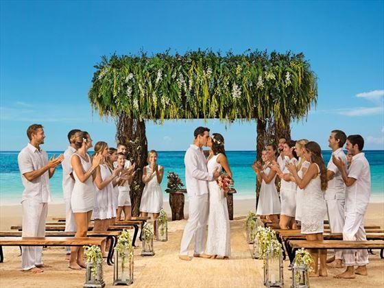 Bohochic wedding style