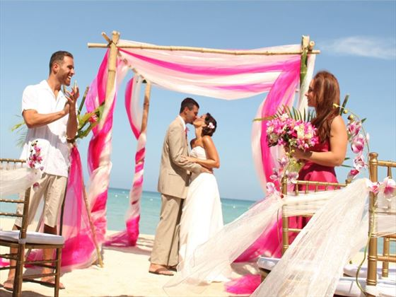 Beautiful Bahamas weddings