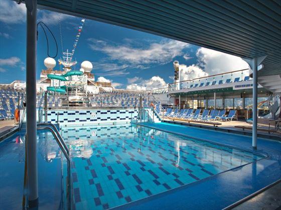 Tritons pool