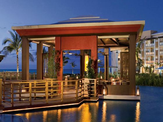 Castaways dining area at Now Jade Riviera Cancun