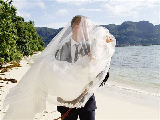Just married on Cerf island