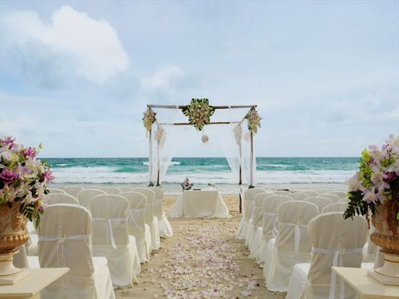 Beautiful weddings at Centara Grand Beach Resort Phuket