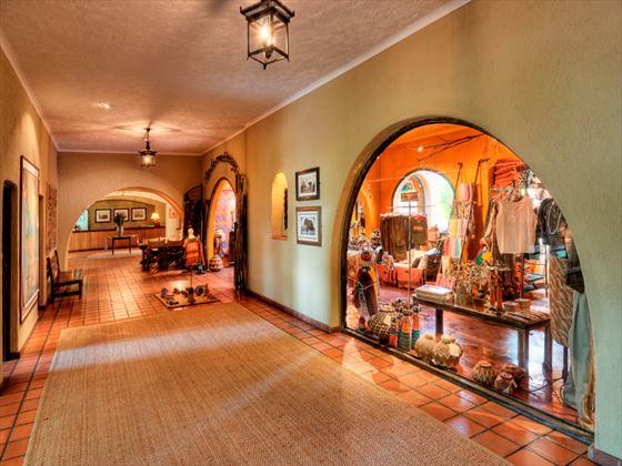 Chobe Game Lodge curio shop