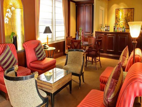 Club Level lounge at The Prescott Hotel