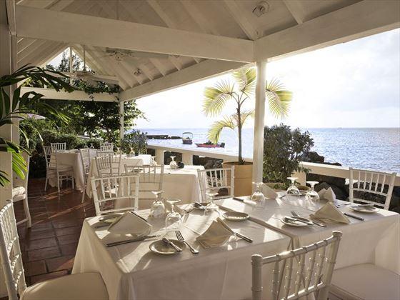Cobblers Cove - Camelot Restaurant