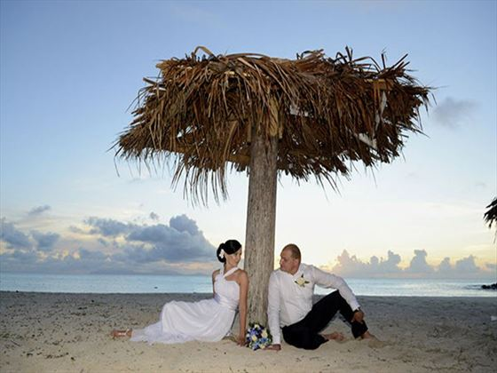 Beautiful beach weddings at Cocobay Resort