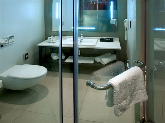 Deluxe bathroom at The Townhouse Hotel