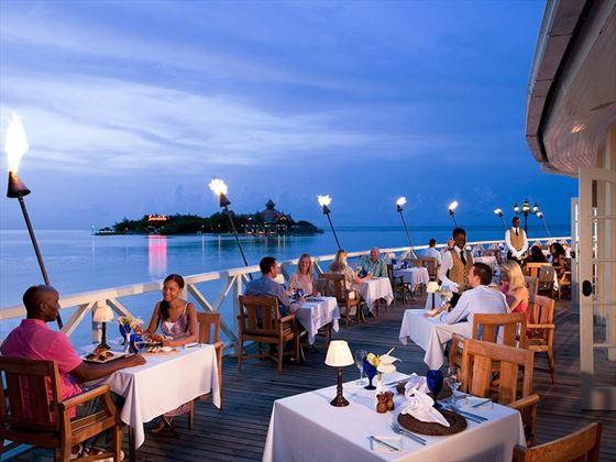 Dining at Sandals Royal Caribbean
