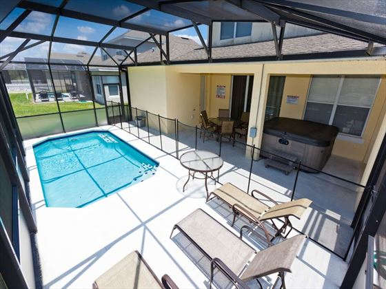 Disney Area Executive Plus Homes Pool