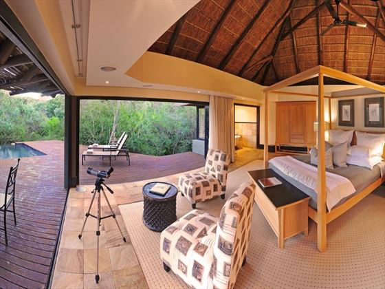 Eagles Crag interior at Shamwari Private Game Reserve