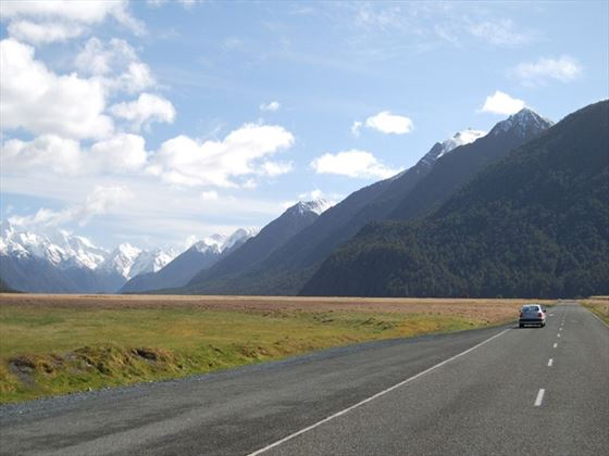 Travel through Fiordland National Park