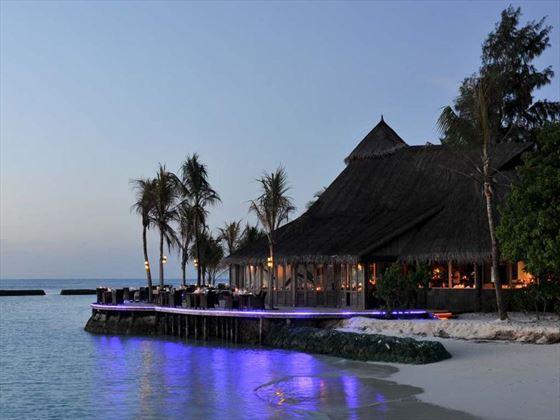 Komandoo Island Resort restaurant