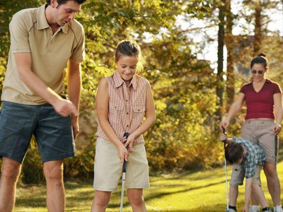 Enjoy golf in Huntsville (Ontario Toursim)