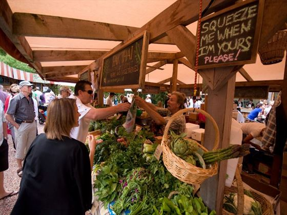 Wander through the farmers markets