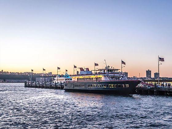 Manhattan @Fish Bar' Skyline Wedding Dinner Cruise