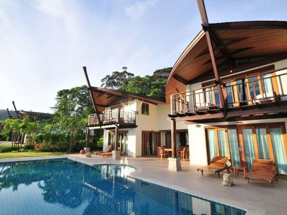 Five Bedroom Beachfront Pool Villas
