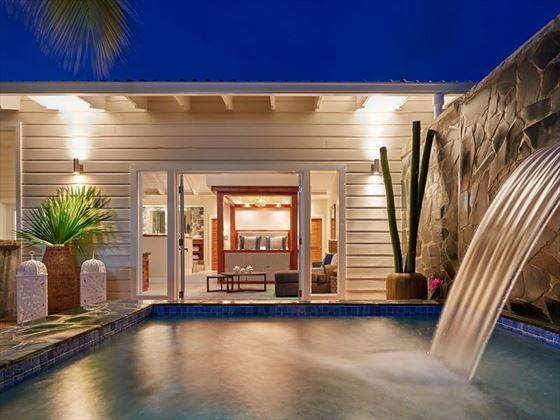 Grande Suite Plunge Pool Serenity