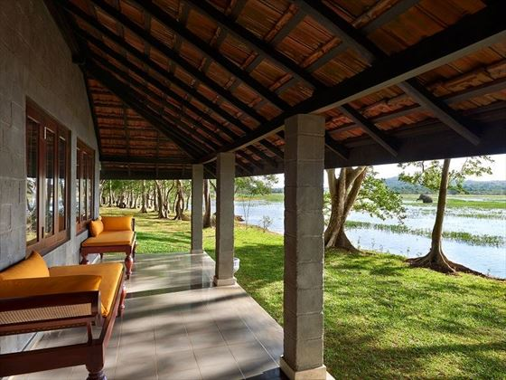 Habarana Village by Cinnamon, Kingfisher Lodge veranda