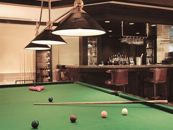 Highlands Bar