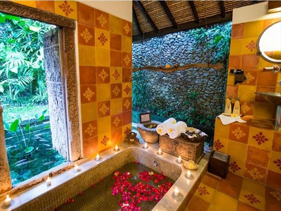 Dedari Suite Outdoor Bath, Hotel Tugu Bali