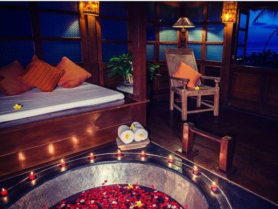 Rejang Suite Bathtub, Hotel Tugu Bali