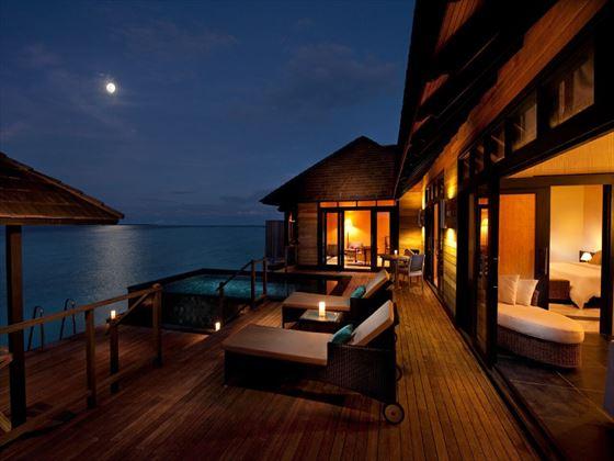 The Sun Siyam Iru Fushi Infinity Water Villa
