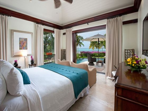 Jewel Box Beach Villa at Oil Nut Bay
