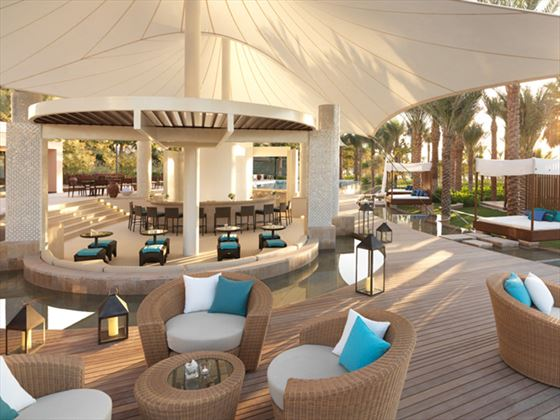 La Baie outdoor terrace at Ritz Carlton