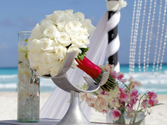 Le Blanc wedding bouquet
