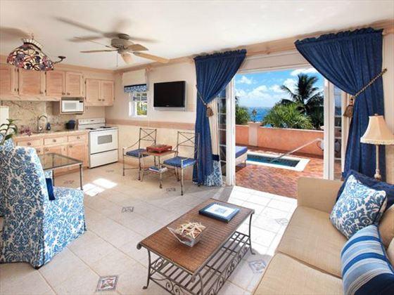 Little Arches Boutique Hotel Luxury Ocean Suite living area