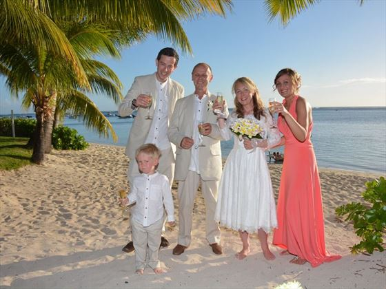 Mauritius wedding resorts packages 20182019 tropical sky and all the team at tropical skys a massive thank you for all your help and advice in arranging and booking the most incredible wedding and holiday solutioingenieria Image collections