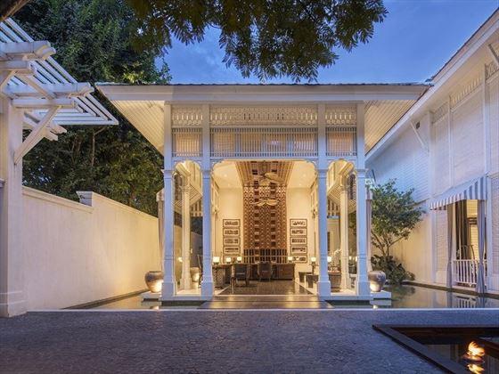 137 Pillar House Lobby
