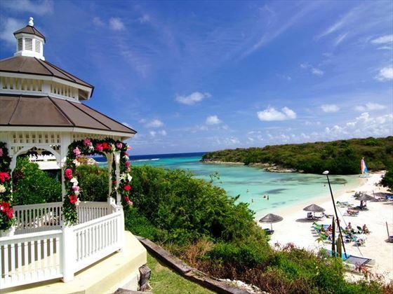 Wedding gazebo & Lovers Beach