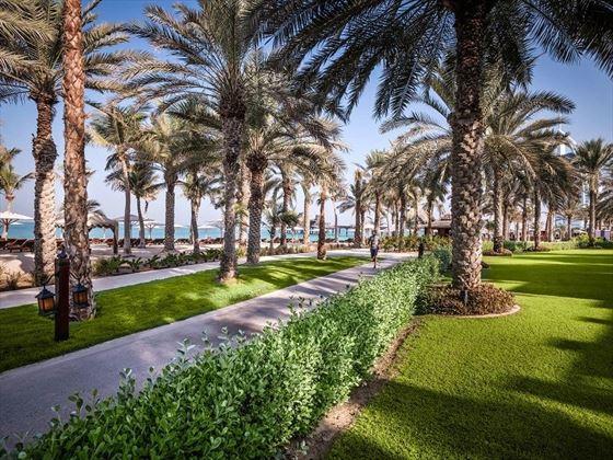 Jumeirah Dar Al Masyaf, Madinat Jumeirah promenade