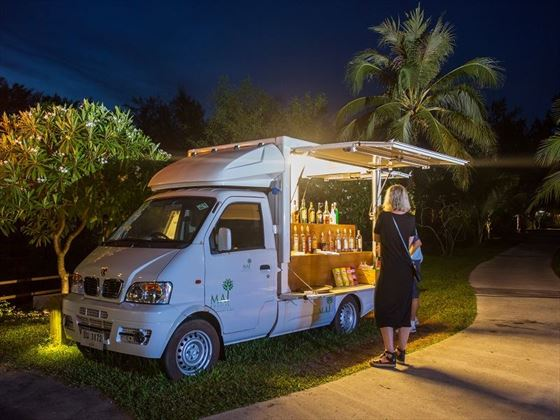 Mai Khao Lak Beach Resort & Spa Tuk Tuk Bar