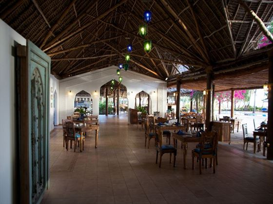 Makuti restaurant at Bluebay Resort & Spa