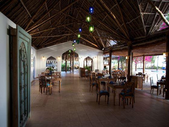 Makuti restaurant at Bluebay Resort & Spa
