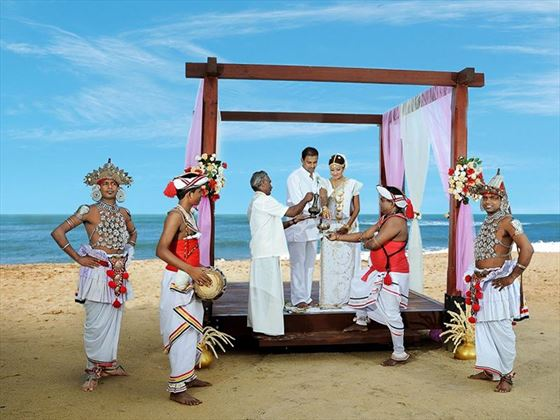 Traditional weddings at Mermaid Hotel & Club