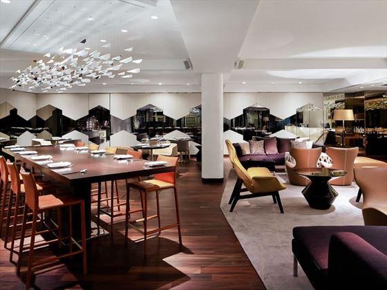 Table Restaurant & Bar at Naumi Hotel, Singapore