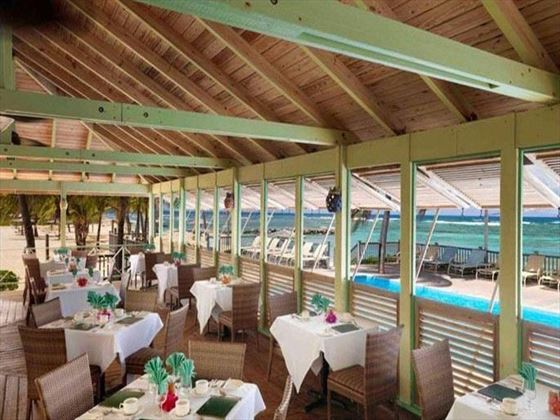 Nisbet Plantation Beach Resort Coconuts restaurant