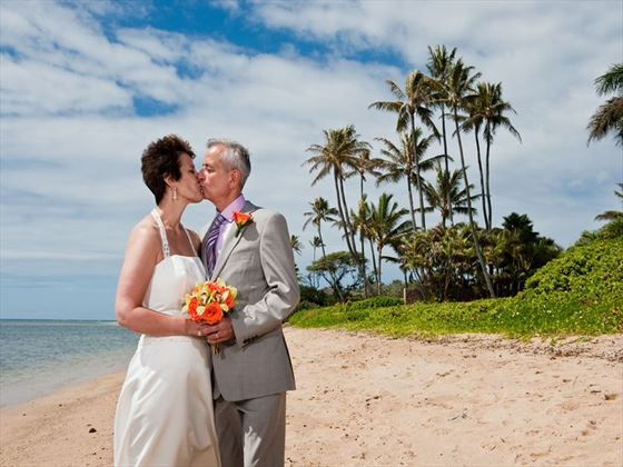 Just married, Oahu