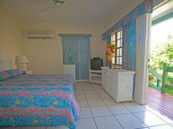 Ocean Terrace Inn Standard Terrace Garden View Room