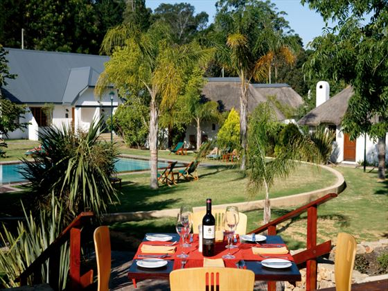 Outdoor dining at Knysna Hollow Country Estate