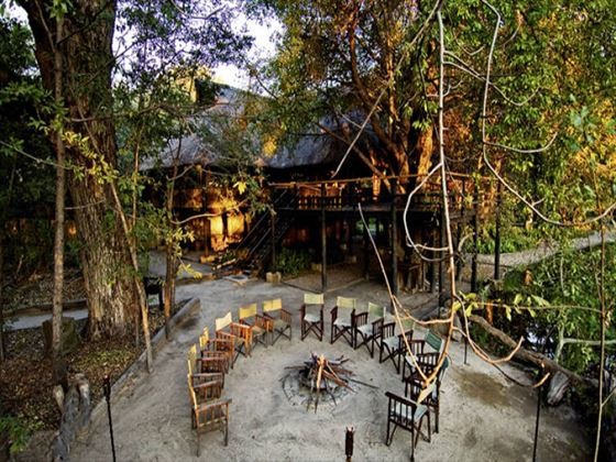 Outdoor seating at Camp Moremi